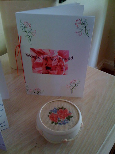 On the 23rd January BrendaS2 and myself celebrated 10 years of wonderful Friendship. To celebrate our 'Anniversary' Brenda very kindly sent me this most beautiful trinket box she has stitched. She also made me 'Words for my Friend' a booklet full of verse