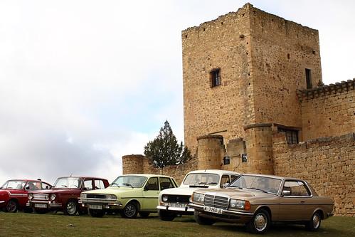 Coches antiguos en el Castillo de Pedraza