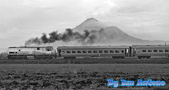 Blow-up the Exhaust Fumes........... (Ian Antono-CC20327) Tags: indonesia trains eastjava mojokerto keretaapi geu18c tarikcurve ka158logawa cc20150