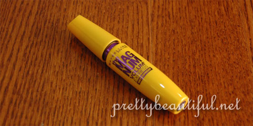 maybelline the magnum volum express waterproof mascara