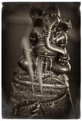 Ganesha (Oliver Wilke) Tags: bw elephant vintage ganesha smoke sw wisdom schwarzweiss hinduism elefant vinayaka rahmen ganapati rauch fram nagchampa incensesticks räucherstäbchen vighnesha