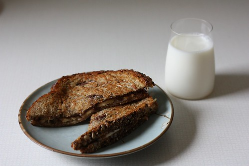 Banana and Nutella Grilled Cheese