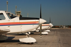 20090320-0030 (improbablytall) Tags: aircraft piper jerez piperwarrior pa28 fte flighttrainingeurope