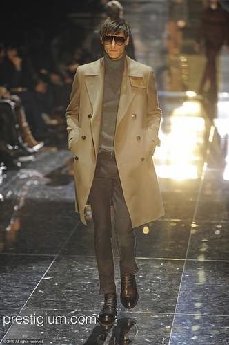 Mathias Bergh3097_FW10_Milan_Gucci(prestigium com)