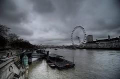 London Eye (thomasAEmuller) Tags: uk london eye nikon thomas albert gimp tokina londres gigante hdr roda 116 muller eduard d90 photomatic 1116