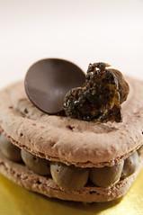 Cœur Macaron Chocoalt Noir, Ladurée Paris, Nihonbashi Mitsukoshi