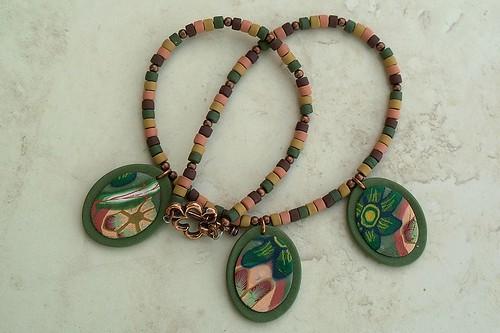 Necklace of the autemn mood