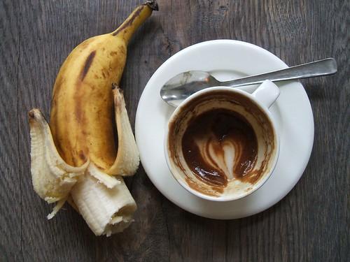 novo kenya espresso macchiato @ kaffe 1668.