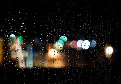 A Rainy Night Bokeh ! (Nas t) Tags: