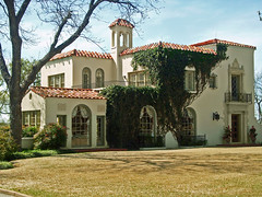 Mediterranean Style House, Mistletoe Heights (StevenM_61) Tags: house architecture texas ivy mansion residence fortworth lightningrods mediterraneanstyle
