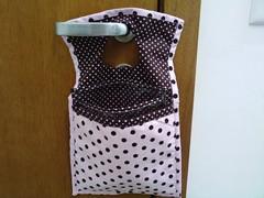 lixeirinha de carro (GRÁ) Tags: artesanato nicho mdf decoupage tecido quadrinho decoraçãoinfantil portajóia quadrinhomenina lixeirinhacarro