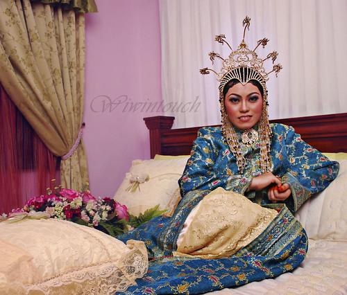 Baju persalinan-Puteri Balqis