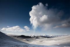 Eyjafjallajökull - Fimmvörðuháls, erupting volcano (skarpi - www.skarpi.is) Tags: trip winter sky snow hot ice island volcano lava iceland scenery smoke flames scene steam glacier crater glaciers ash vulcan volcanoes eruptions eruption gos ísland þórsmörk erupting hraun plume clacier icelandic fumes markarfljót jökull mýrdalsjökull fimmvörðuháls eyjafjallajökull jokull suðurland fljótshlíð southiceland mörk eyjafjallajokull jepp eyjafjöll hvolsvöllur volcanoisland eldgos ashplume morinsheiði básar heljarkambur skarpi húsadalur kattarhryggir skarphéðinnþráinsson inspiredbyiceland copyright©skarphéðinnþráinsson eruptingiceland