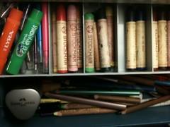 stick crayon organizing
