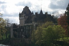 Chateau de La Tour-Rivarennes (MichaelDuquetteFowler) Tags: france indre chateau rivarennes chateaudelatourrivarennes duchesseannedeclermonttonnerre