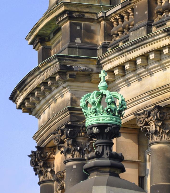 Preußische Krone am Berliner Dom