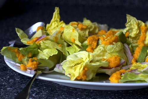 avocado salad with carrot-ginger