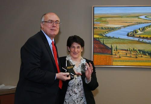 Simitian receives 2010 Crime Fighter Award