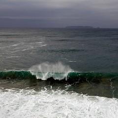 Wave (Julio López Saguar) Tags: sea seascape portugal island mar border wave paisaje isla ola orilla peniche juliolópezsaguar