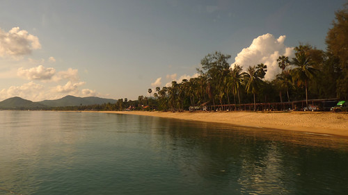 Koh Samui Maenam beach - morning