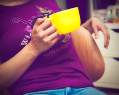 /272-365/ a cuppa (mikomiao) Tags: selfportrait cup yellow sp 365 yardsale glasbake 365days