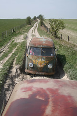 in a rut (zombikombi1959) Tags: uk england vw volkswagen chalk track wiltshire backroads kombi lanes barndoor greenlaning kempes byways offthebeatentrack trailbashing