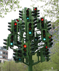 The Traffic Light Tree (tommyajohansson) Tags: sculpture trafficlights london art geotagged trafficlight docklands publicart faved pierrevivant tommyajohansson thetrafficlighttree welcomeuk