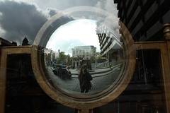 Me (Esther Molin) Tags: ireland dublin reflection me window glass ventana mirror yo espejo reflejo autorretrato cristal foggydew damestreet upperfownesstreet