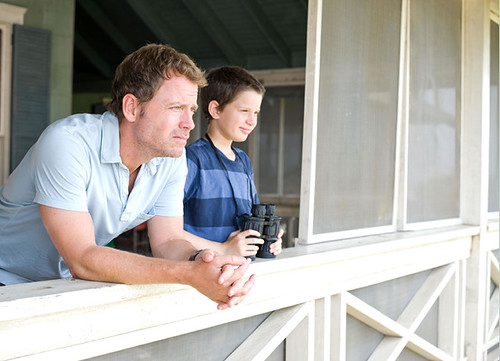 Greg Kinnear and Bobby Coleman in THE LAST SONG_JPG_jpg