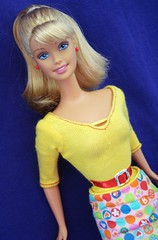 Art Teacher Barbie 2001 (Chicomαttel) Tags: 2001 art barbie teacher mattel inc