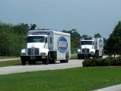 Bud Light Trucks (FormerWMDriver) Tags: light tractor beer truck big drink beverage semi rig delivery bud trailer budweiser kw kenworth hauler