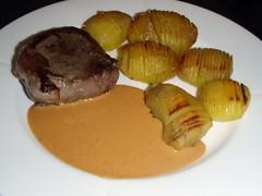Bøf med kartofler og whiskysauce
