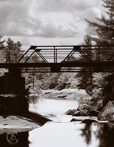 Victoria Bridge at BlackRiver