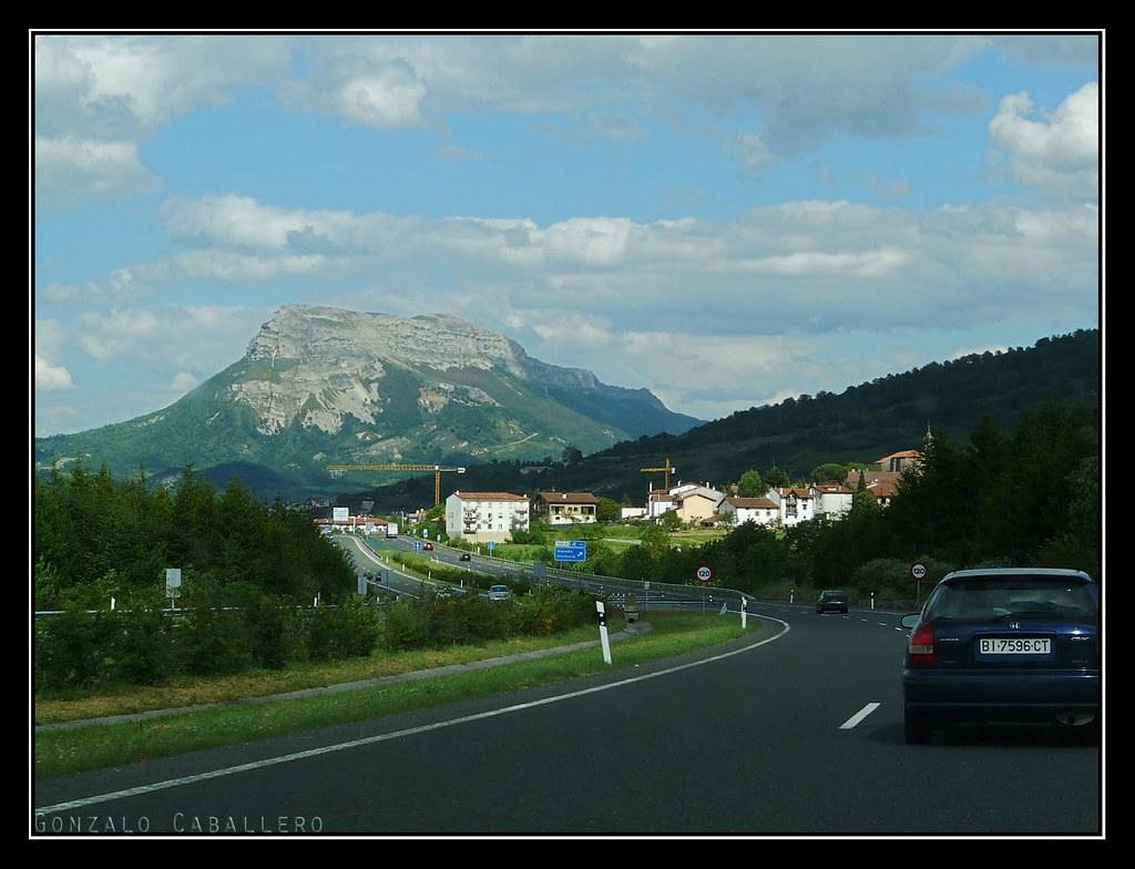 San Donato desde la Autovía de la Barranca