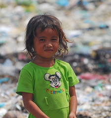 Cambodia Girl Needs Sponsor (changinglivescambodia.org) Tags: poverty boy girl kids garbage cambodia cambodian child working dump phnom penh