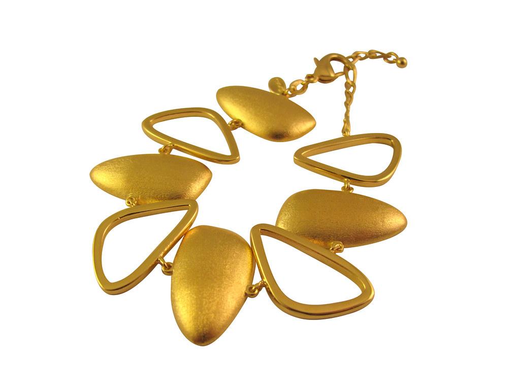 Gold-Teardrop-Bracelet-Opaleen