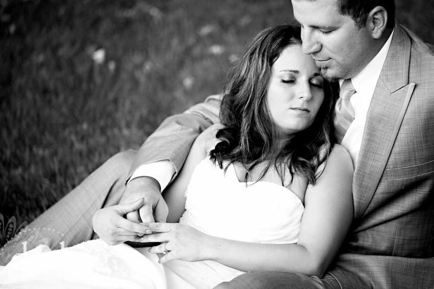 DarbiGPhotography-KansasCity-wedding photographer-T&W-DA-20.jpg