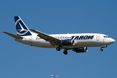 YR-BGD - 27182 - Tarom - Boeing 737-38J - 100617 - Heathrow - Steven Gray - IMG_4067