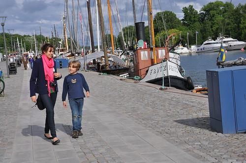 walking on the wharf