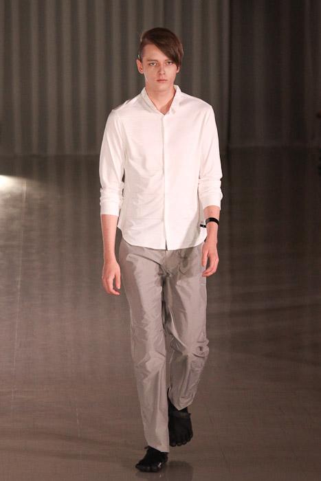 Daniel Hicks3052_SS11_Tokyo_MOLFIC(Fashionsnap)