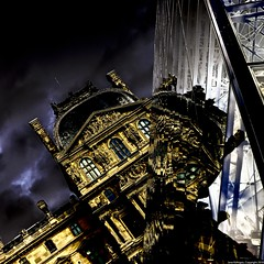 [disaster at the Louvre] (Janey Kay) Tags: autumn sky oktober paris france home clouds automne frankreich october pyramid louvre himmel cu explore ciel cielo stadt nuages nuvem 75001 pyramide nube ville octobre 2010 parigi boulognebillancourt chezmoi musedulouvre pyramidedulouvre francja ieohmingpei iloveparis wolden paryz janeykay parisiledefrance panasoniclumixdmclx5 herbstherfst nikcolorefexsolarisation
