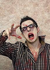 Happy Halloween 2010 (Matteo Dunchi) Tags: portrait selfportrait halloween canon zombie ii horror mm f18 50 ef residentevil canonef50mmf18ii strobist