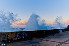 Marejada 2 (//JUAN TOME//) Tags: sea sky storm colors mar waves marejada asturias colores cielo nubes tormenta olas luarca windsandandwater canoneos1000d