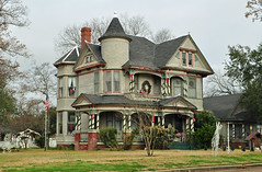 Calvert Historic District (stevesheriw) Tags: texas calvert robinsoncounty nationalregisterofhistoricplaces 78002978 calverthistoricdistrict house queenanne victorian architecture