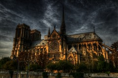 Notre Dame de Paris (sergio.pereira.gonzalez) Tags: city cidade paris france color colour church sergio clouds photoshop canon de la cathedral catedral iglesia ile ciudad cathdrale igreja nubes gonzalez notre dame nuage francia franca isla eglise hdr couleur ville cite pereira photomatix 400d sergiopereiragonzalez