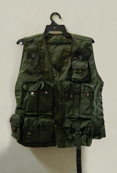 Bilik barang military totis 4250551383_6f258c1d14_o