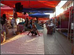 Market (Ria Rotscheidt) Tags: sunset sun souvenirs evening vakantie zonsondergang holidays asia warm market avond laos markt umbrellas zon luangprabang azie parasols djoser