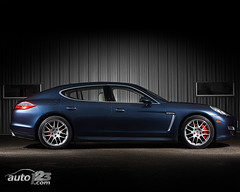 2010 Porsche Panamera Turbo Wallpaper (Auto123.tv) Tags: blue wallpaper canada sport automobile montreal transport utility automotive canadian turbo porsche transportation vehicle network motor suv philippe automobiles 2010 panamera champoux auto123