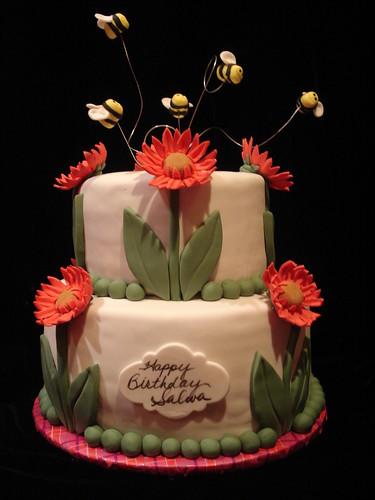 Gerbera Daisies/Bees Cake