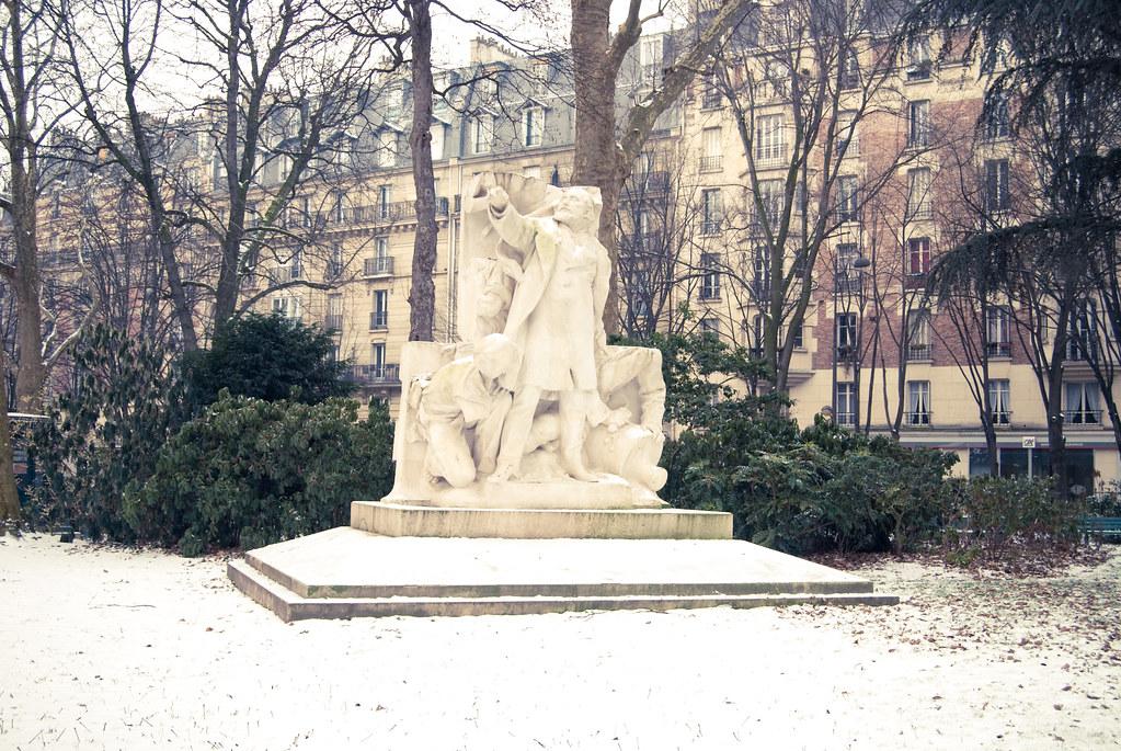 Statue de Léon Gambetta - Square Edouard Vaillant